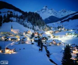 Пазл малые города полностью снега на